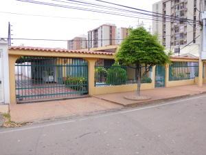 Casa En Ventaen Maracaibo, Monte Claro, Venezuela, VE RAH: 18-11201