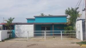 Casa En Alquileren Cabimas, Delicias Vieja, Venezuela, VE RAH: 18-11242