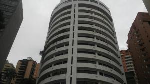 Apartamento En Ventaen Valencia, El Parral, Venezuela, VE RAH: 18-11283