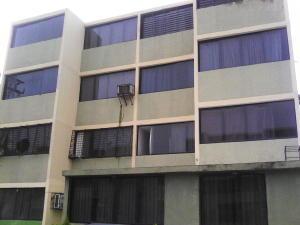 Apartamento En Ventaen Municipio Los Guayos, Buenaventura, Venezuela, VE RAH: 18-11288