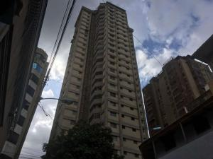 Apartamento En Ventaen Caracas, Parroquia San Jose, Venezuela, VE RAH: 18-11302