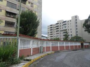 Apartamento En Ventaen Los Teques, Simon Bolivar, Venezuela, VE RAH: 18-7251