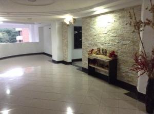 Apartamento En Ventaen Valencia, La Trigaleña, Venezuela, VE RAH: 18-11311