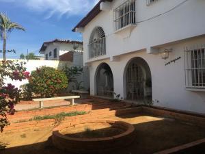 Casa En Ventaen Punto Fijo, Santa Fe, Venezuela, VE RAH: 18-11331