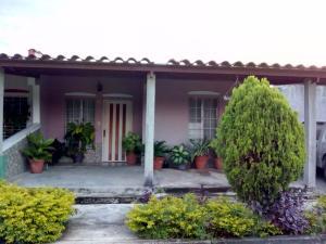 Casa En Ventaen Guacara, Ciudad Alianza, Venezuela, VE RAH: 18-3627
