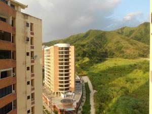 Apartamento En Ventaen Municipio Naguanagua, Palma Real, Venezuela, VE RAH: 18-11360