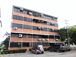 Apartamento En Ventaen Guarenas, Ciudad Casarapa, Venezuela, VE RAH: 18-11365
