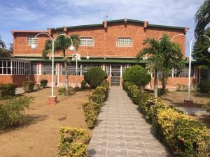 Casa En Ventaen Punto Fijo, Santa Elena, Venezuela, VE RAH: 18-11372