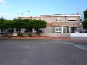 Townhouse En Ventaen Maracaibo, Santa Fe, Venezuela, VE RAH: 18-11391