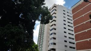 Apartamento En Ventaen Caracas, Los Palos Grandes, Venezuela, VE RAH: 18-11298