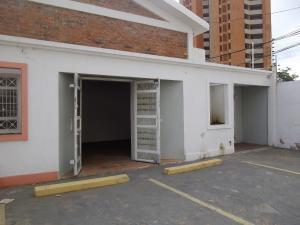 Local Comercial En Ventaen Maracaibo, 5 De Julio, Venezuela, VE RAH: 18-11493