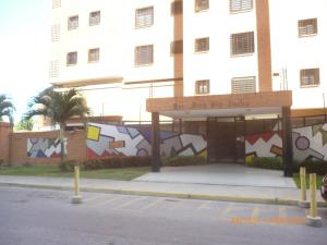 Apartamento En Ventaen Maracay, Base Aragua, Venezuela, VE RAH: 18-11461