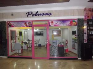 Local Comercial En Ventaen Maracaibo, Fuerzas Armadas, Venezuela, VE RAH: 18-12519