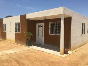 Casa En Ventaen Municipio San Francisco, Via Principal, Venezuela, VE RAH: 18-11937
