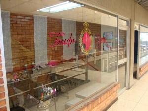 Local Comercial En Ventaen Barquisimeto, Centro, Venezuela, VE RAH: 18-11657