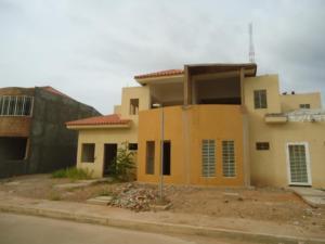 Townhouse En Ventaen Maracaibo, Circunvalacion Uno, Venezuela, VE RAH: 18-11662