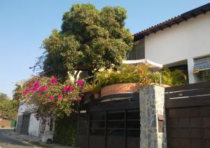 Casa En Ventaen Caracas, Lomas De La Trinidad, Venezuela, VE RAH: 18-11689