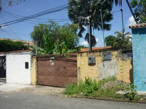 Terreno En Ventaen Maracay, El Limon, Venezuela, VE RAH: 18-11696