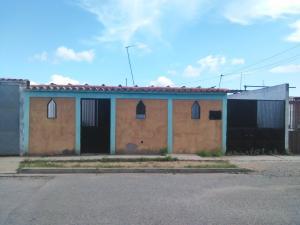 Casa En Ventaen Barquisimeto, Parroquia Tamaca, Venezuela, VE RAH: 18-11714