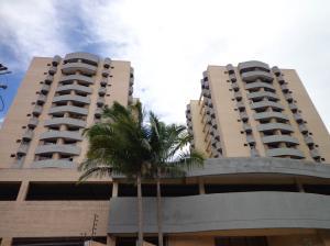 Apartamento En Ventaen Valencia, Parque Mirador, Venezuela, VE RAH: 18-11764