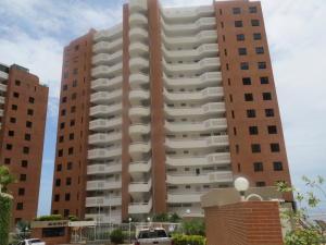 Apartamento En Ventaen Parroquia Caraballeda, La Llanada, Venezuela, VE RAH: 18-11757