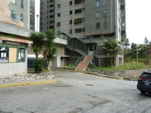 Apartamento En Ventaen San Antonio De Los Altos, Pomarosa, Venezuela, VE RAH: 18-11743
