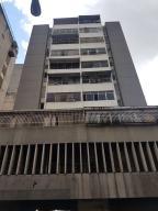 Apartamento En Ventaen Caracas, Parroquia La Candelaria, Venezuela, VE RAH: 18-12755