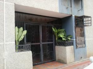 Apartamento En Ventaen Maracaibo, Avenida Goajira, Venezuela, VE RAH: 18-11768