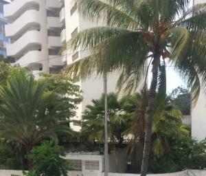 Apartamento En Alquileren Parroquia Naiguata, Camuri Grande, Venezuela, VE RAH: 18-11785