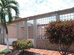 Casa En Ventaen Santa Cruz De Aragua, Corocito, Venezuela, VE RAH: 18-11793