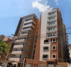 Apartamento En Ventaen Maracay, El Bosque, Venezuela, VE RAH: 18-11813