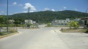 Casa En Ventaen Yaritagua, Municipio Peña, Venezuela, VE RAH: 18-12233