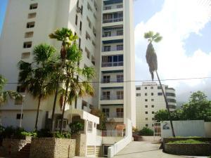 Apartamento En Ventaen Parroquia Caraballeda, Tanaguarena, Venezuela, VE RAH: 18-11845