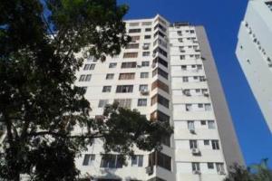 Apartamento En Ventaen Valencia, El Bosque, Venezuela, VE RAH: 18-11854