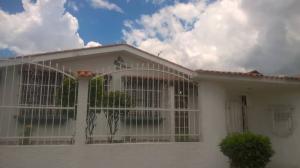Casa En Ventaen Valencia, Trigal Norte, Venezuela, VE RAH: 18-11874