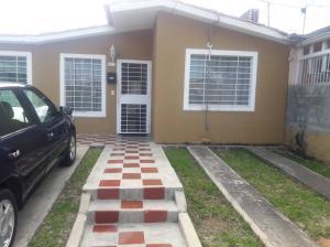 Casa En Ventaen Barquisimeto, Hacienda Yucatan, Venezuela, VE RAH: 18-11876