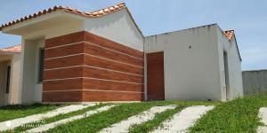 Casa En Ventaen Tucacas, Tucacas, Venezuela, VE RAH: 18-11891