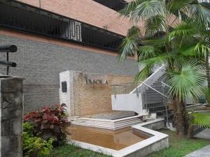 Apartamento En Ventaen Valencia, El Parral, Venezuela, VE RAH: 18-11934