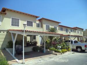 Casa En Ventaen Barquisimeto, Parroquia Santa Rosa, Venezuela, VE RAH: 18-11904