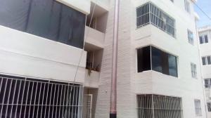 Apartamento En Ventaen Cabudare, La Piedad Sur, Venezuela, VE RAH: 18-11920