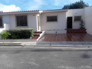 Casa En Ventaen Cabudare, Parroquia José Gregorio, Venezuela, VE RAH: 17-1251