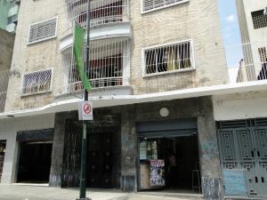 Local Comercial En Ventaen Caracas, Sabana Grande, Venezuela, VE RAH: 18-11982