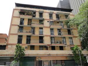 Apartamento En Ventaen Caracas, Los Palos Grandes, Venezuela, VE RAH: 18-11983