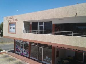 Local Comercial En Alquileren Punto Fijo, Puerta Maraven, Venezuela, VE RAH: 18-12029