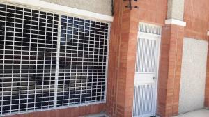 Oficina En Ventaen Maracaibo, Dr Portillo, Venezuela, VE RAH: 18-12033