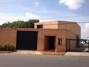Edificio En Ventaen Maracaibo, Circunvalacion Dos, Venezuela, VE RAH: 18-12044