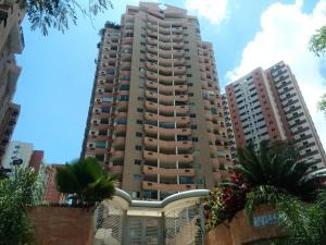 Apartamento En Ventaen Valencia, Las Chimeneas, Venezuela, VE RAH: 18-12109