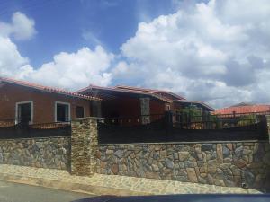 Casa En Ventaen Municipio Libertador, Safari Ranch, Venezuela, VE RAH: 18-12067