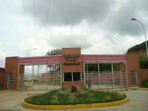 Apartamento En Ventaen Charallave, Los Laureles Country, Venezuela, VE RAH: 18-12445