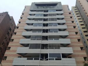 Apartamento En Ventaen Valencia, La Trigaleña, Venezuela, VE RAH: 18-12188